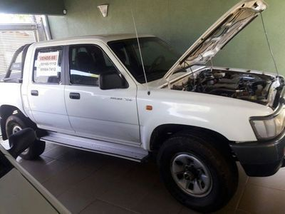 Hilux/04 completa