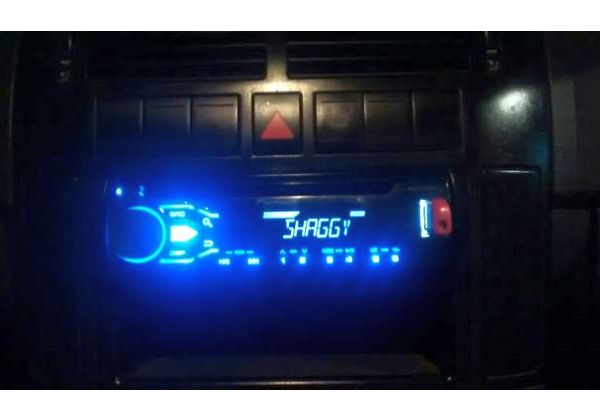 Pioneer Mix trax, usb, cd mp3, auxiliar 1